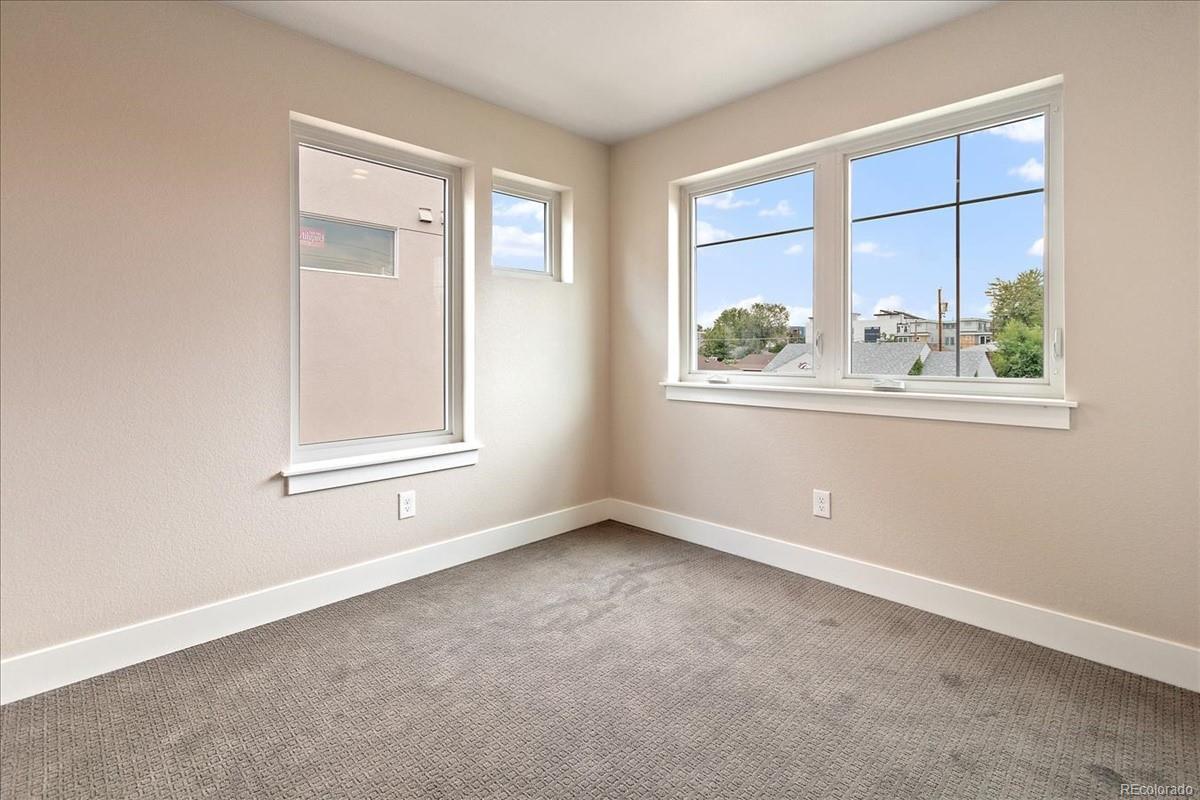 1376 Yates bedroom 2